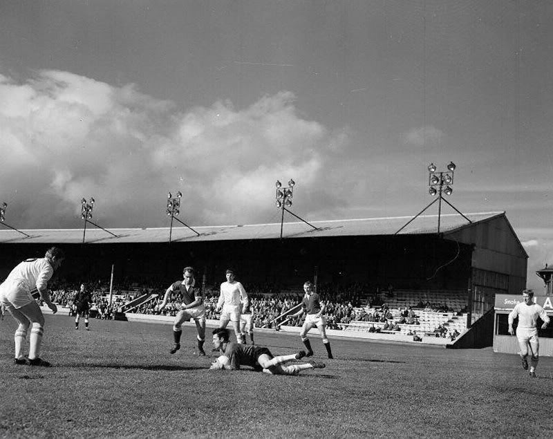 Third Lanark take on Hearts at Cathkin Park in 1960. (Source: James H - Urban Glasgow)
